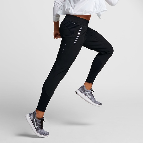 1d4c8c9cc15c0 Nike Swift Women's 27